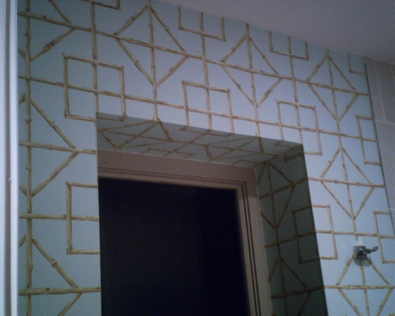 Centering a trellis pattern on a window wallpaperlady 39 s blog for Window trellis design
