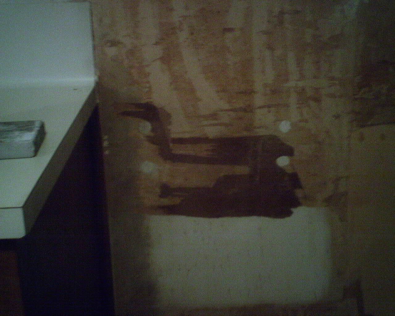 How to remove wallpaper paste from sheetrock - No Primer Under Wallpaper Torn Drywall
