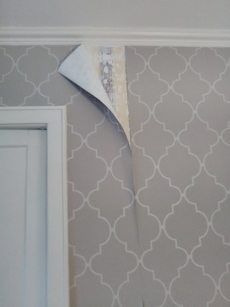 Wallpaper - Paper Peeling, Heights House
