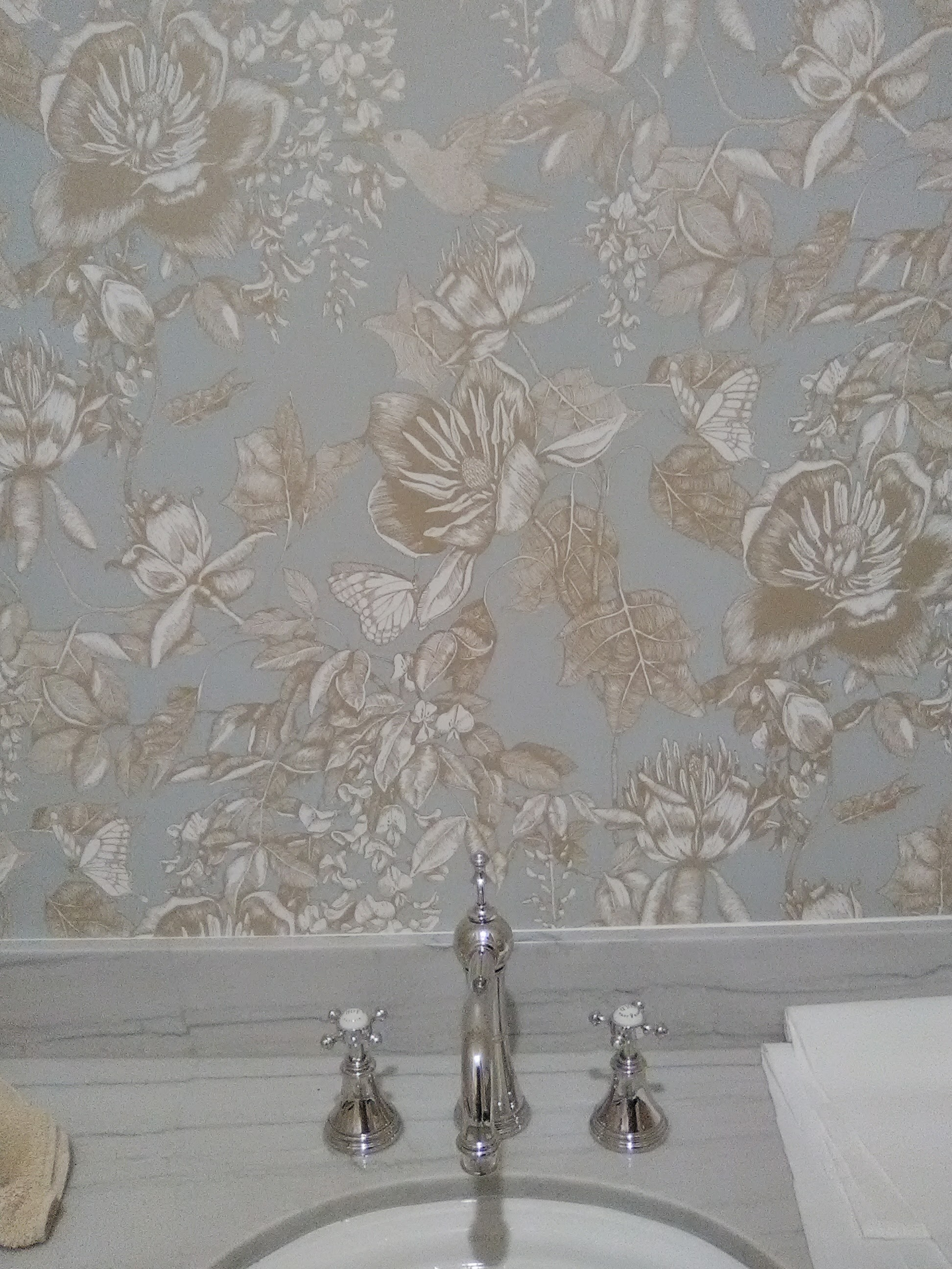 Easy Classy Traditional Floral Wallpaper Wallpaperlady S Blog