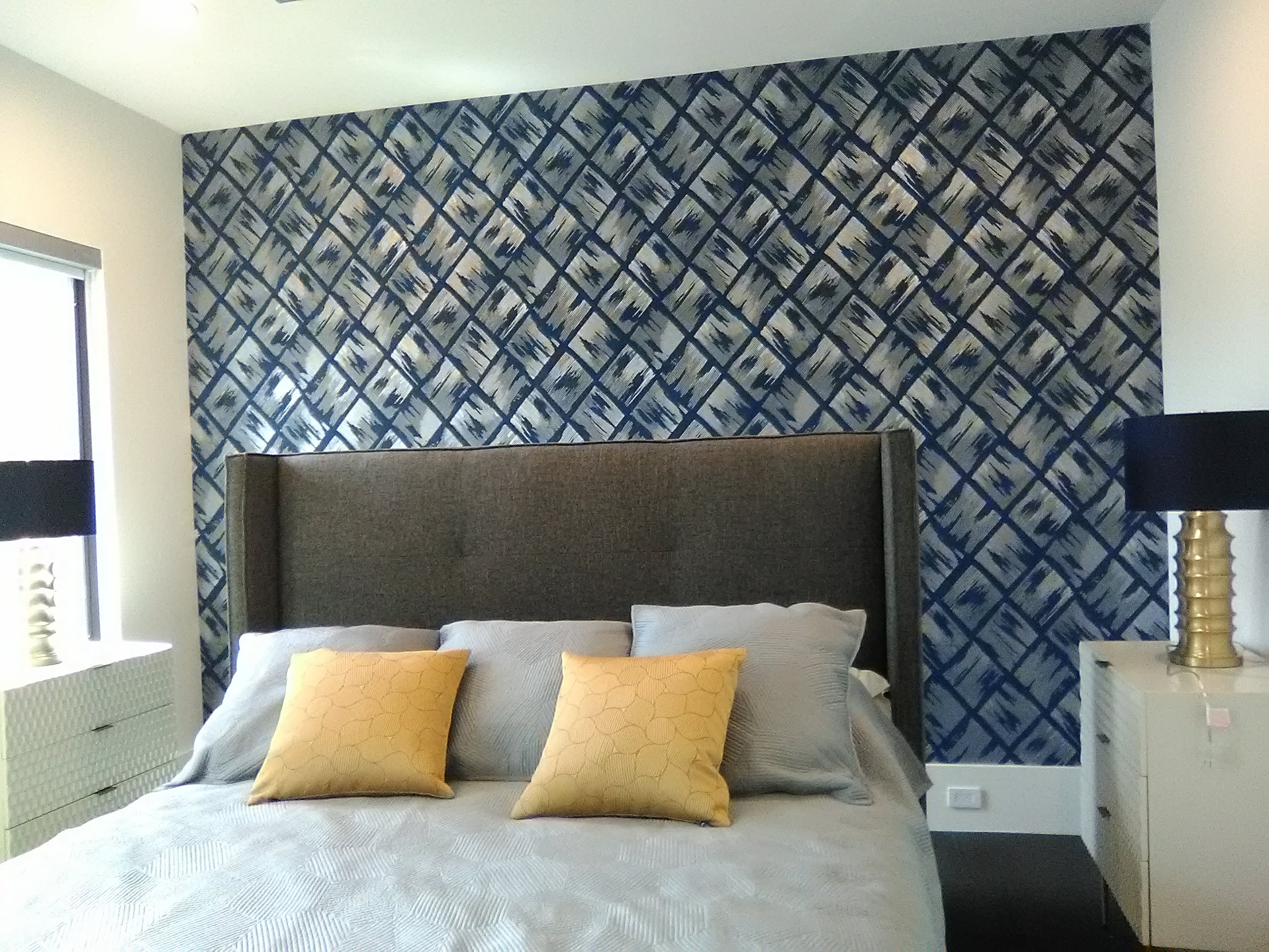 Basket Weave Wallpaper Pattern on a Bedroom Accent Wall ...
